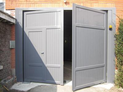 porte de garage aluminium portail et cl ture. Black Bedroom Furniture Sets. Home Design Ideas