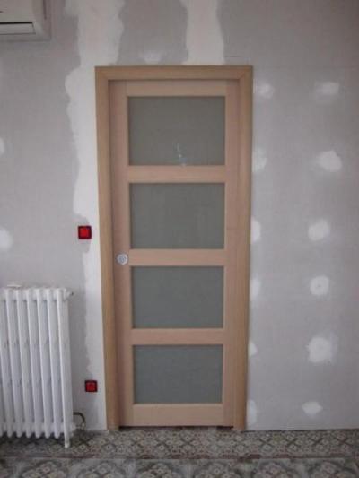 Porte en bois à galandage