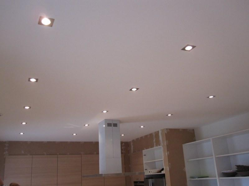 Dalle plafond suspendu meilleures images d 39 inspiration for Plafond suspendu dalles